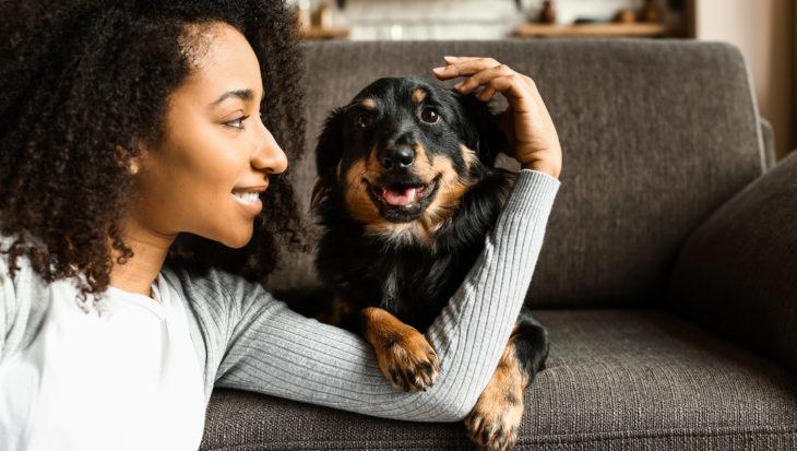 Liever met je huisdier op de foto dan met je partner
